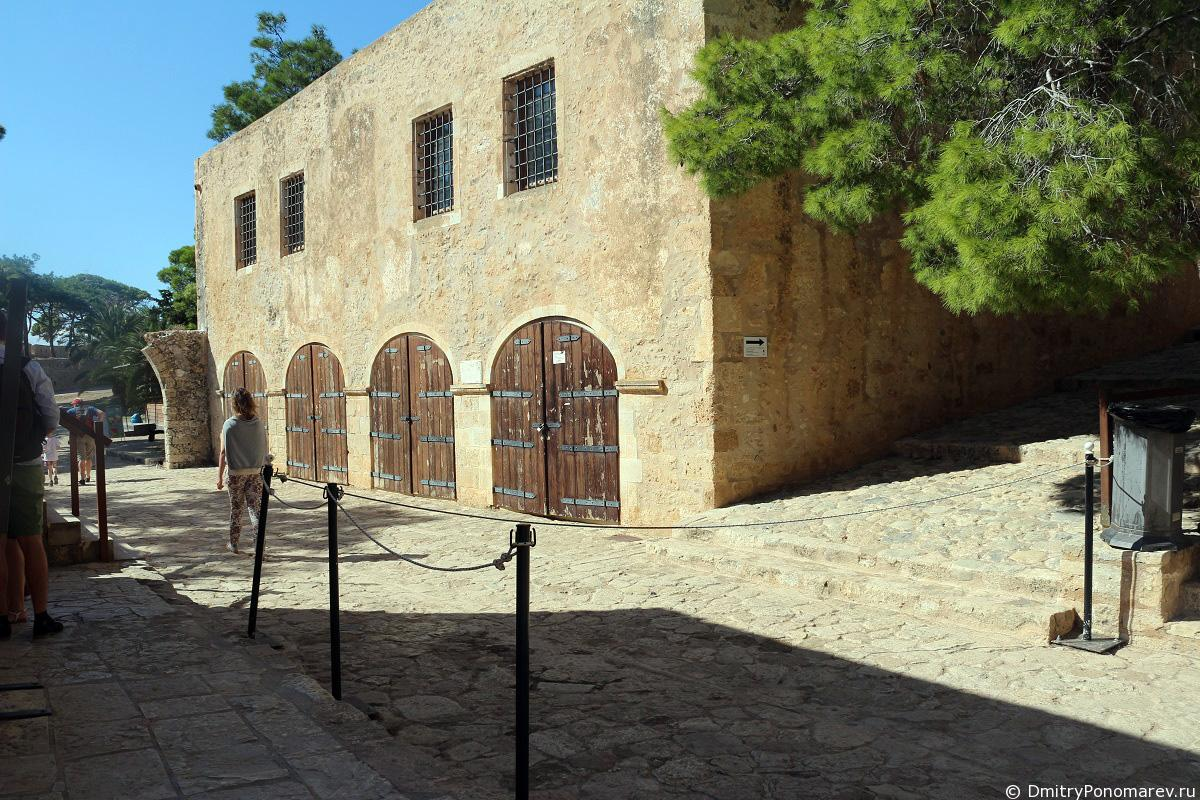Крепость Фортецца