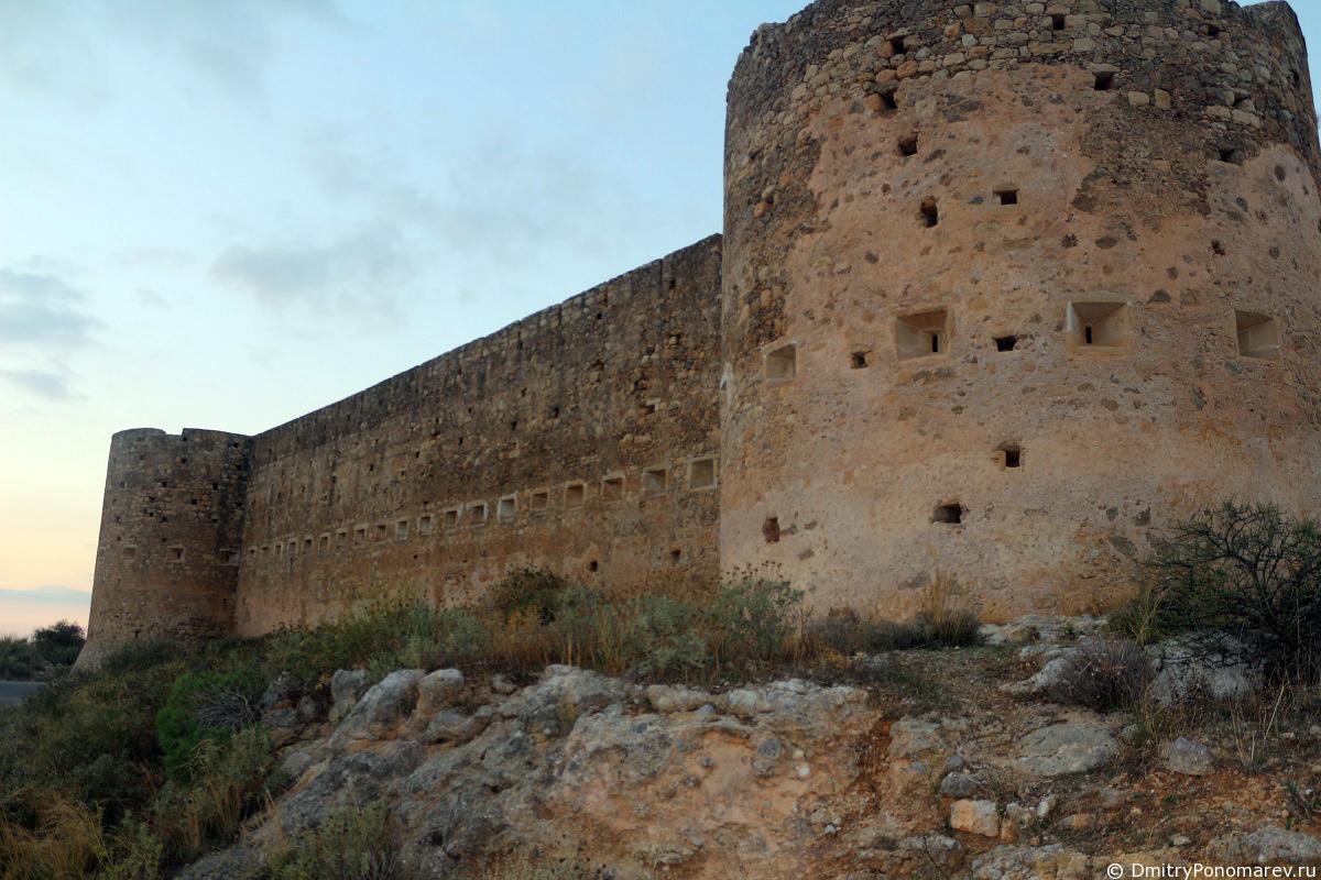 Крепость Аптеры