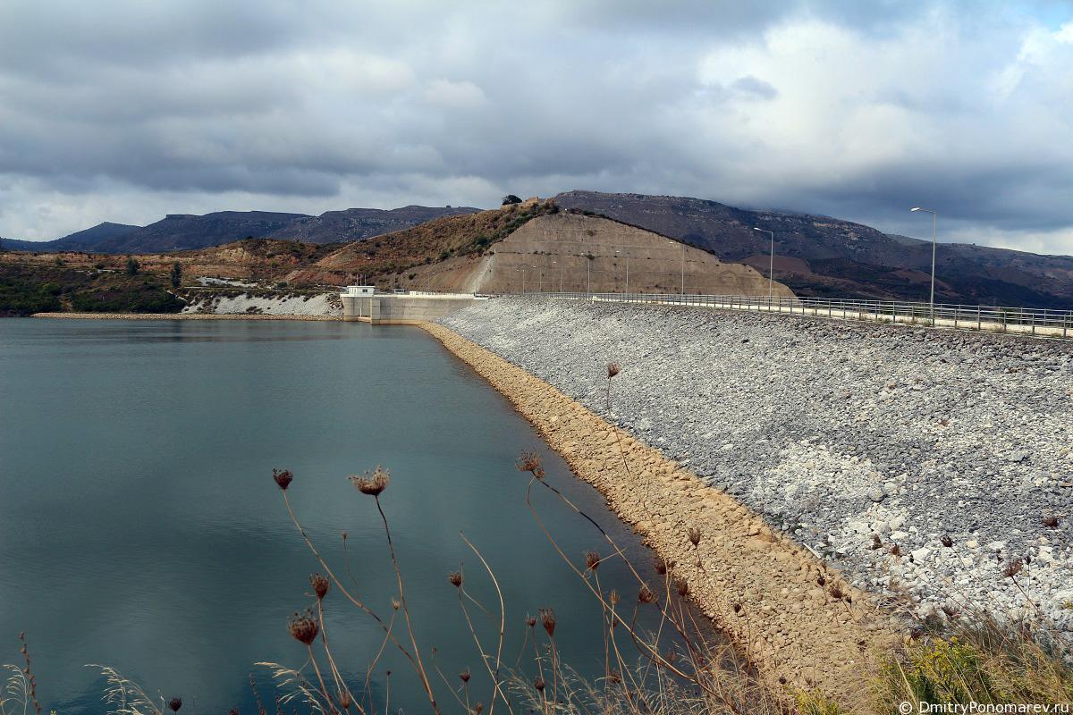 Дамба озера Потами
