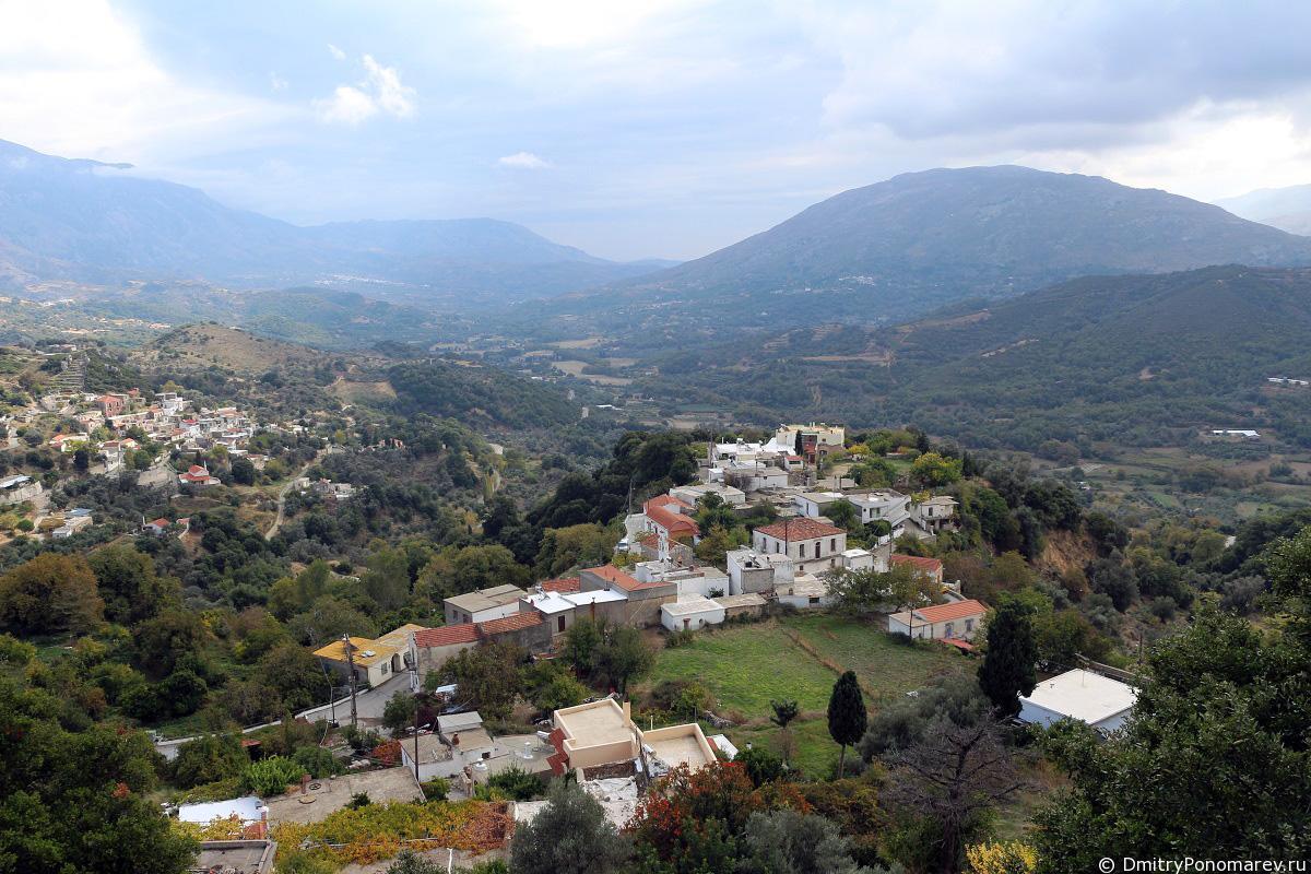 Деревня Тронос